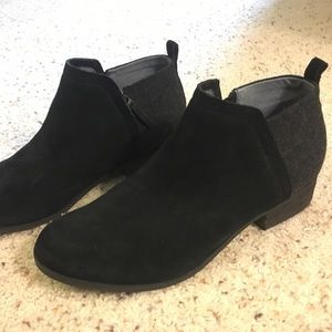 Black Tom's Booties